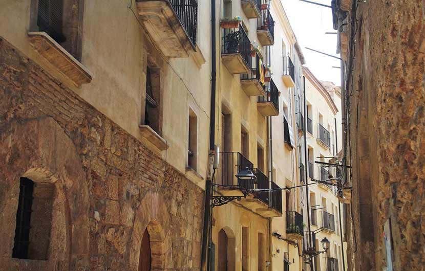 Tarragona Street
