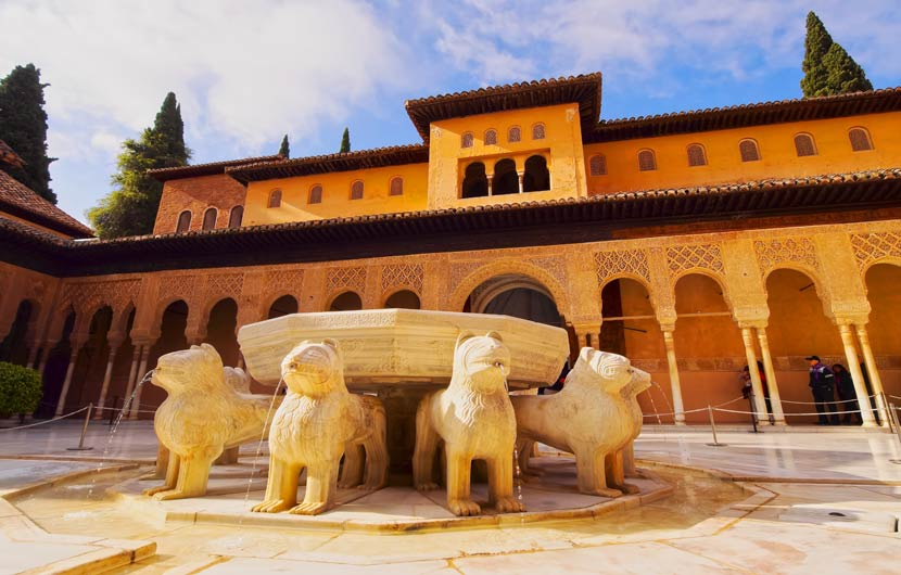 The Lions Patio - Alhambra Palace