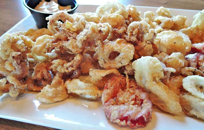 Calamar Frito - Fried Squid