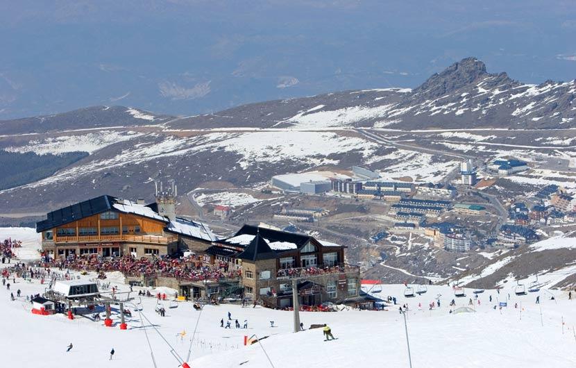 Skiing Granada