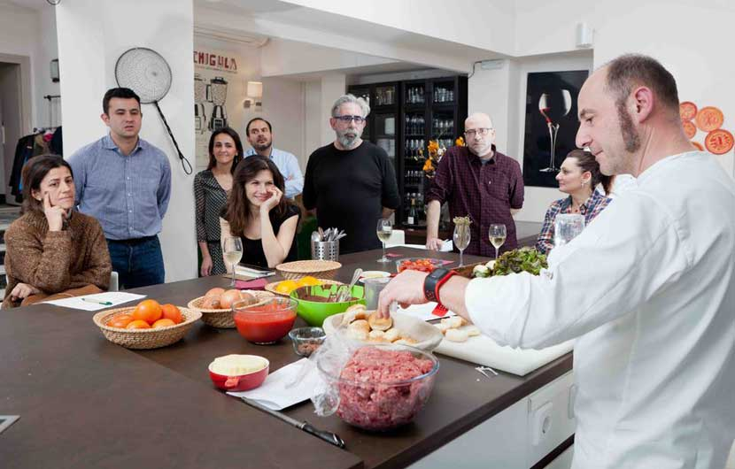 A Punto Cooking Class Spain